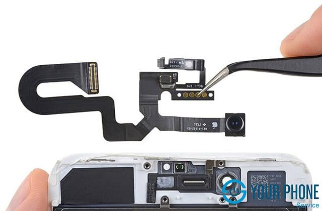 Những trường hợp cần thay camera trước iPhone 7