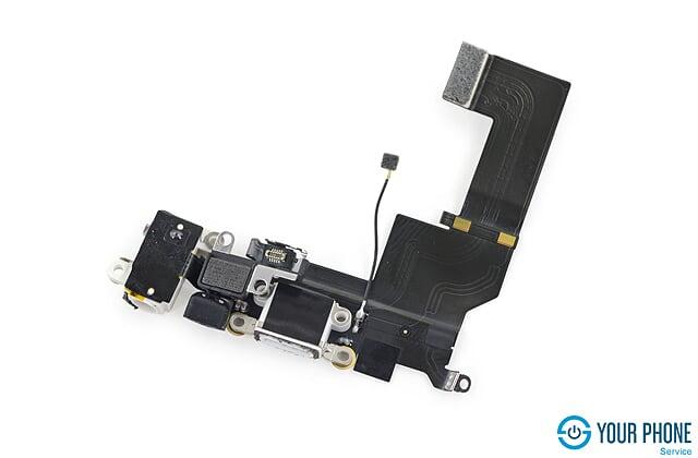Thay cáp sạc cho iPhone 5S