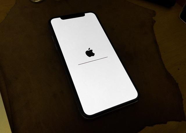 iPhone bị treo táo có ảnh hưởng gì không?