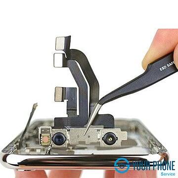 Dich vụ thay camera trước iPhone XS Max chính hãng y tín lấy ngay Hà Nội