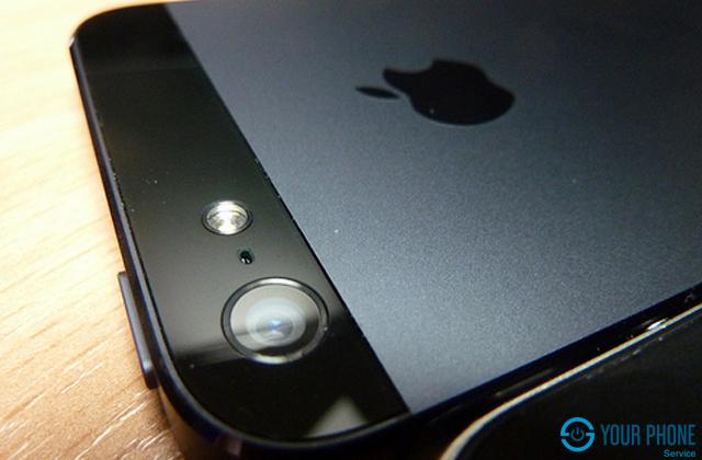 Nhiều nguyên nhân dẫn đến mặt kính camera sau iPhone 5 bị xước