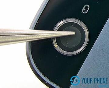 Thay kính camera sau iPhone 5S giá rẻ lấy ngay dịch vụ chất lượng tốt tại Hà Nội