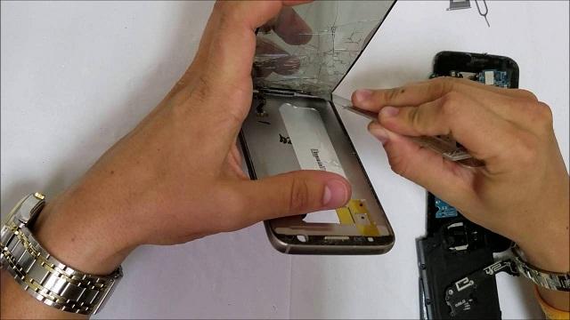 Ép kính S7 Edge là một trong những dịch vụ sửa chữa điện thoại Samsung có nhu cầu rất cao.