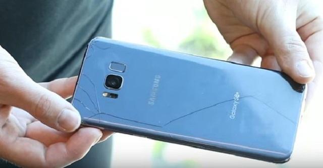 Tại sao mặt lưng Samsung S8 bị hư