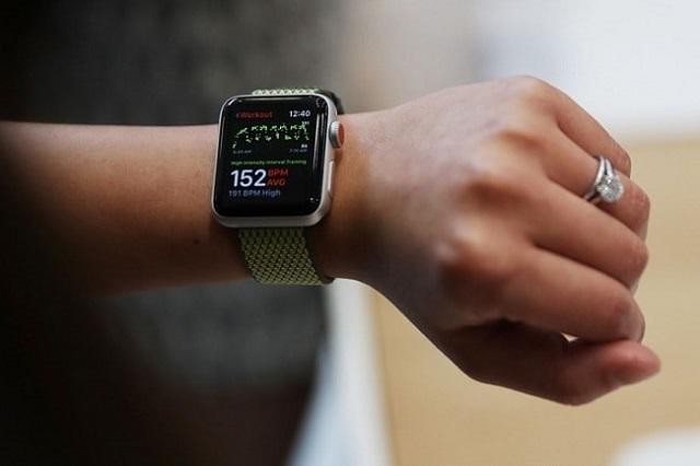 Thay màn hình Apple Watch Series 4