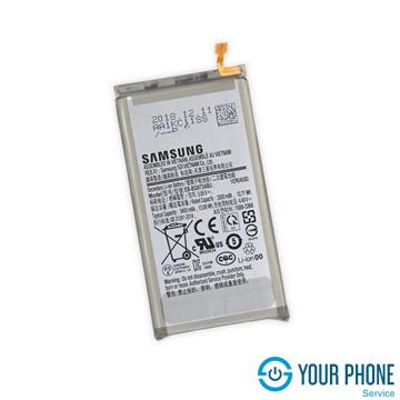 Thay pin Samsung S10 chính hãng, giá rẻ tại Hà Nội