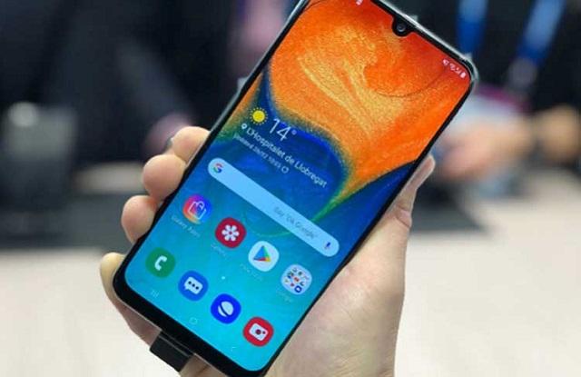 Giá thay mặt kính Samsung A50 bao nhiêu?
