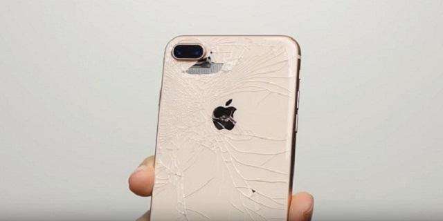 Thay nắp lưng iPhone 8 Plus giá bao nhiêu?