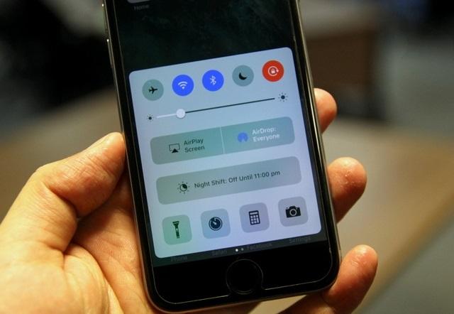 Giảm độ sáng màn hình iPhone
