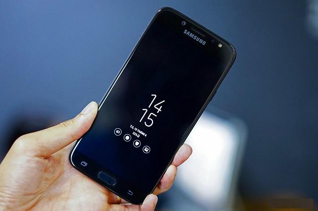 Thay mặt kính Samsung J7 Pro khi nào?