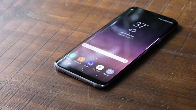 Yourphone đơn vị có nhiều năm kinh nghiệm thay màn Samsung S8