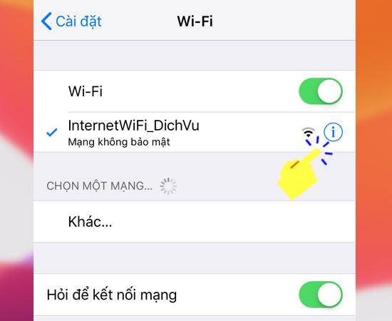 Sau khi vào mục Wifi thì chọn địa chỉ cần xóa dữ liệu