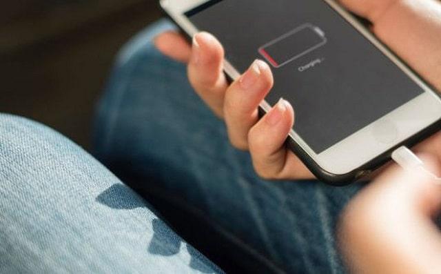 Tại sao iPhone không nhận sạc?