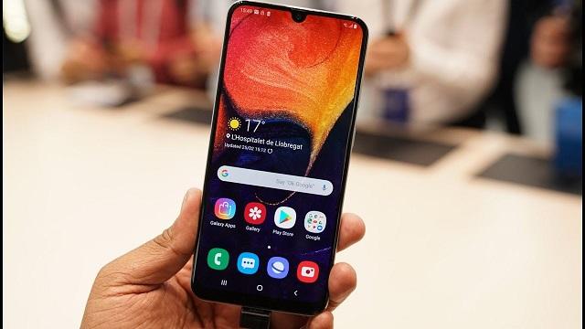 Các trường hợp bạn nên cân nhắc thay màn hình Samsung A50