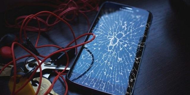 Các trường hợp màn hình điện thoại Samsung A50 bị vỡ