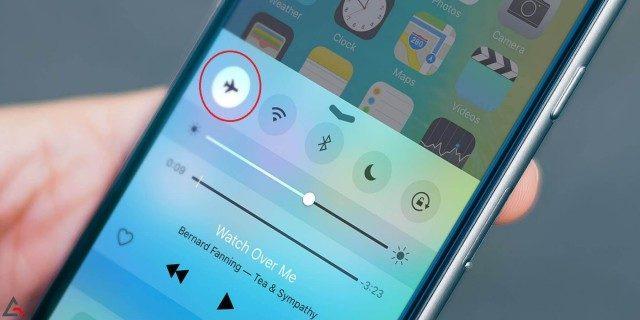 Cài đặt chế độ máy bay để kiểm tra lỗi sim ghép ở iPhone