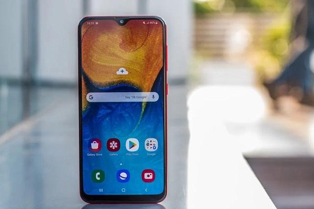 Khi nào bạn nên thay màn hình máy Samsung A20?