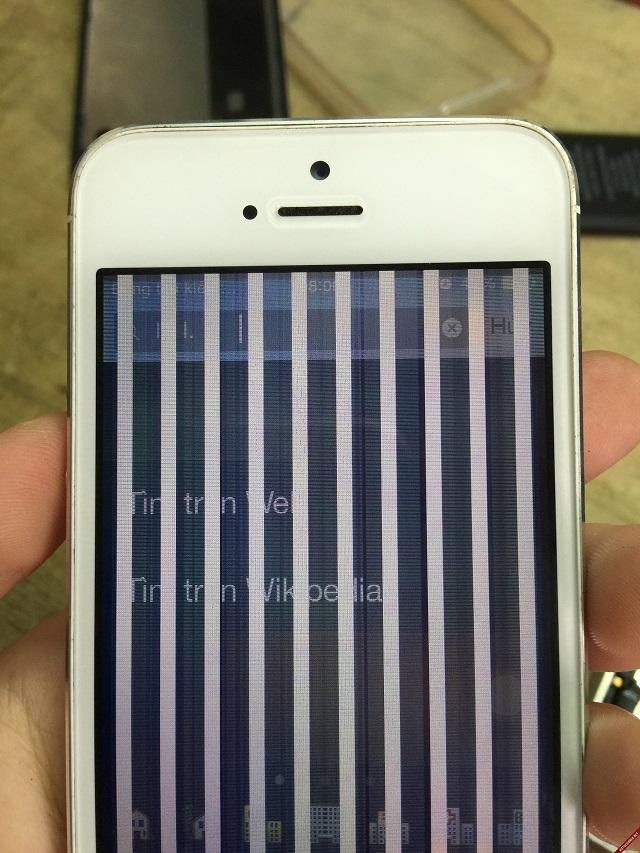Tại sao màn hình iPhone bị sọc?