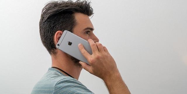 Có nhiều nguyên nhân dẫn đến tình trạng loa điện thoại bị nhỏ.