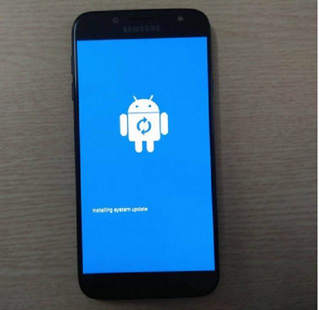 Màn hình xuất hiện robot Android
