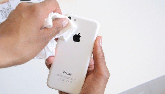 Vệ sinh camera iPhone