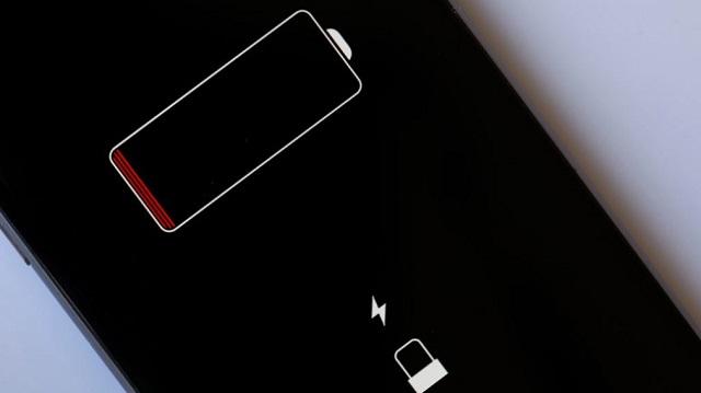 Chân sạc iPhone chập chờn là lỗi thường gặp ở khá nhiều các phiên bản iPhone